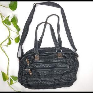 Handbags - Duffle bag.